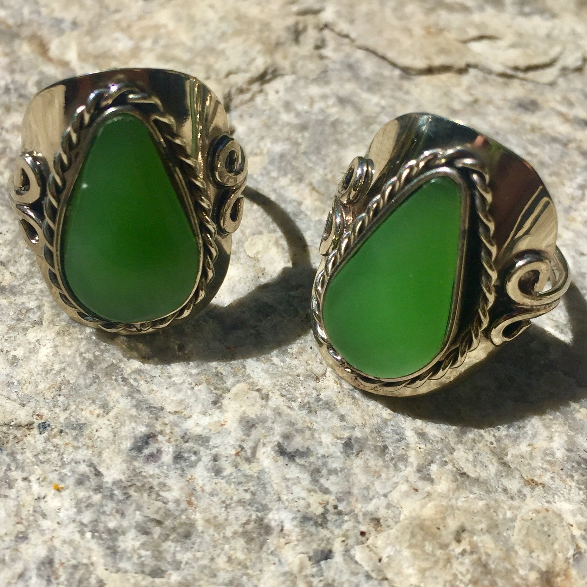 Peruvian Jade Ring - Sparkle Rock Pop
