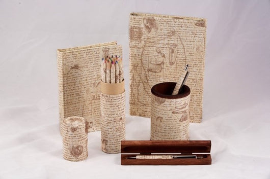 Da Vinci Pen/Pencil Cup, Pen, Journal, & Colored Pencils