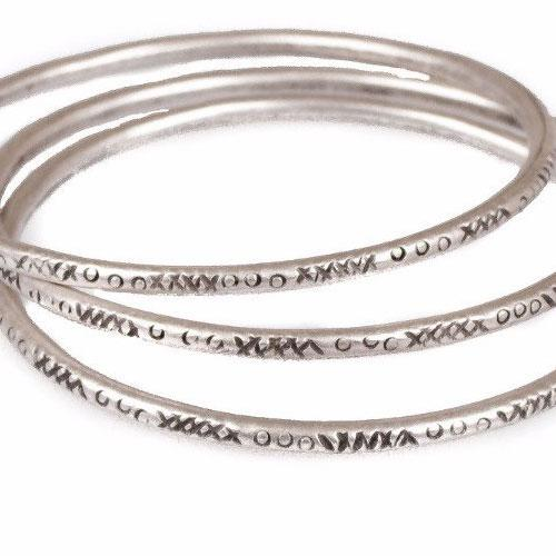 Stamped stacking bangles x3 | Bracelet - The Naughty Shrew