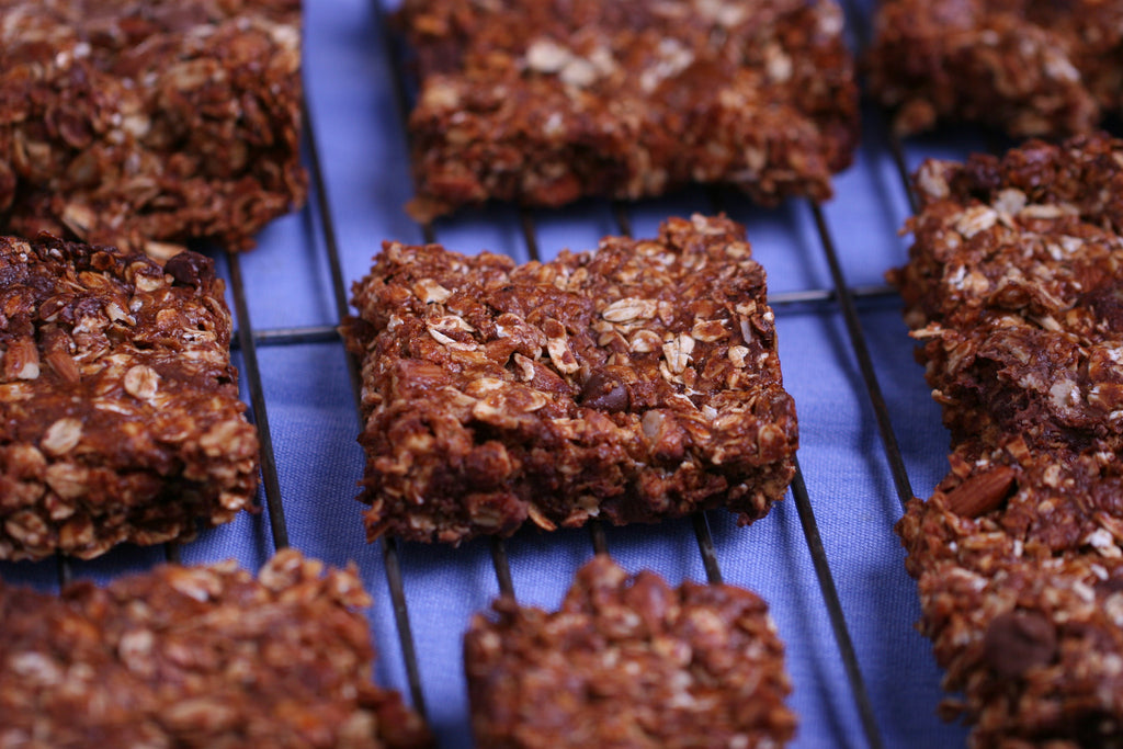 Honey Oat Granola Bars with Peanut Butter and Chocolate Recipe