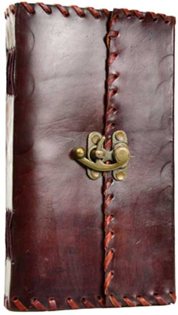 1842 Poetry Leather w/ Latch Blank Journal