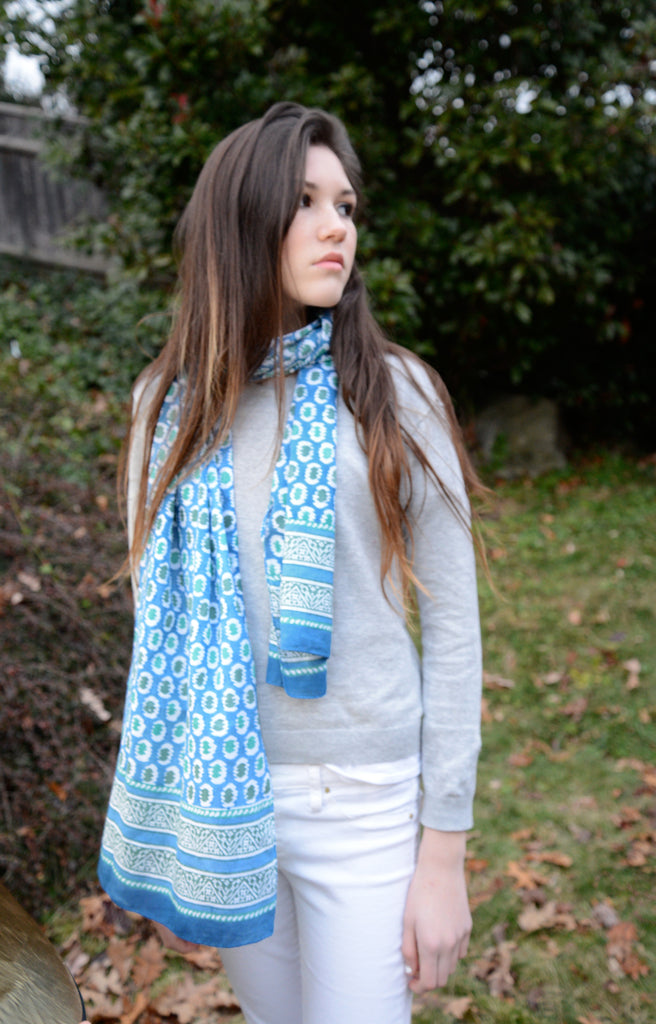 Scarf in Bendy Blue