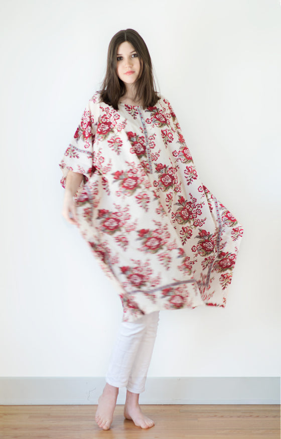Midi Kaftan in Blossoms Red