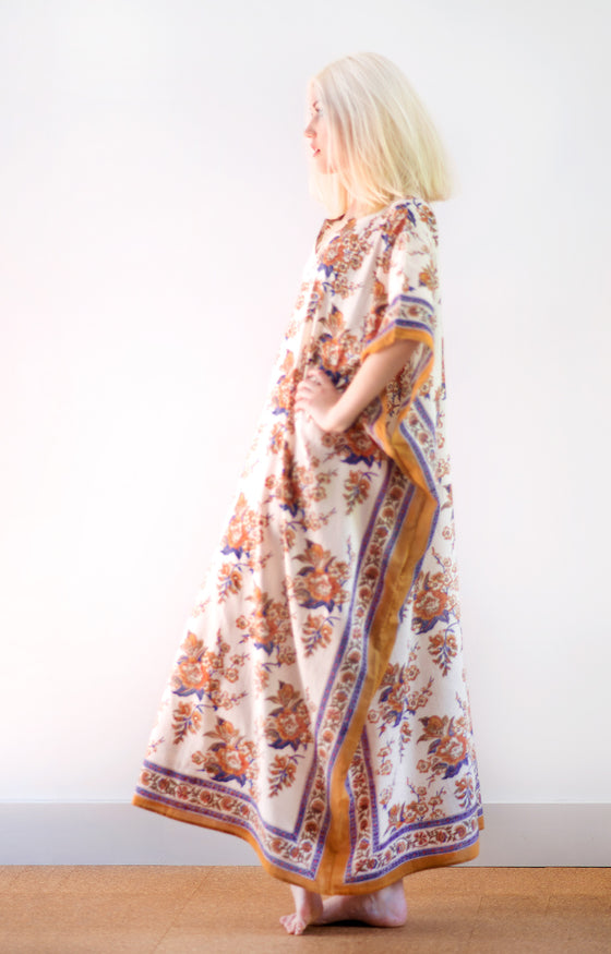 Kaftan in Blossoms Sienna