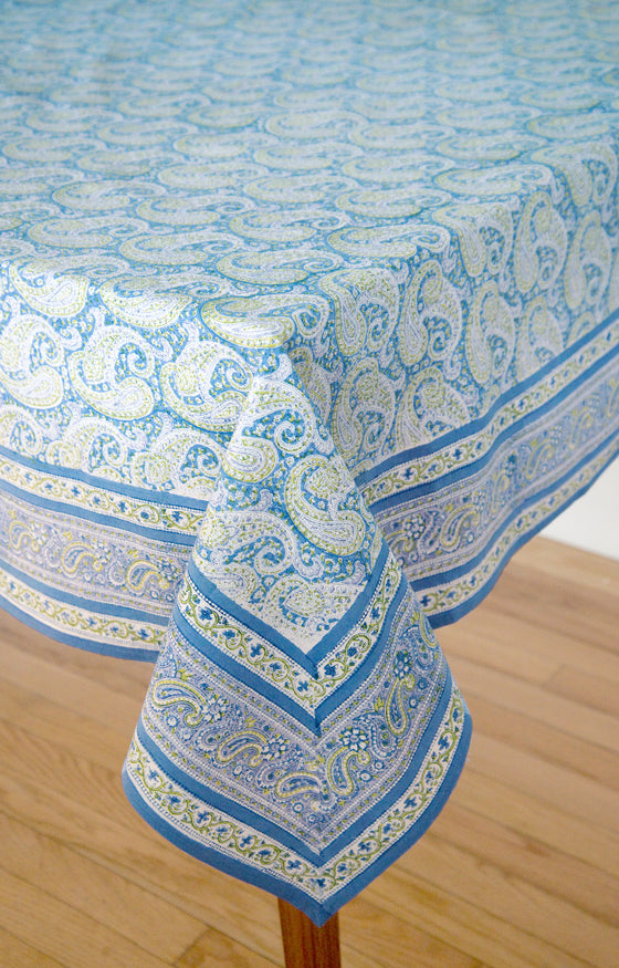 Superbe Table Linens In Blue Paisley