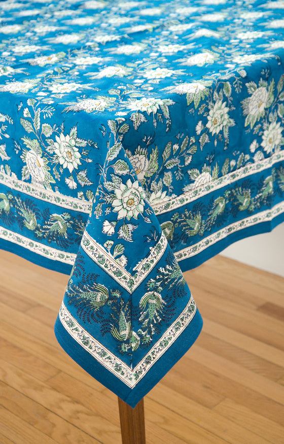 Marvelous Table Linens In Briar Rose Blue