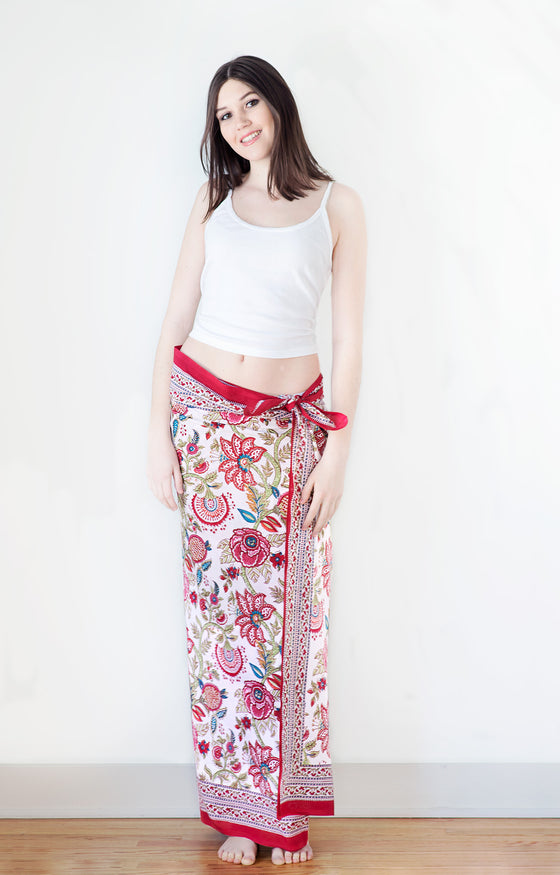 Sarong in Brilliant Floral