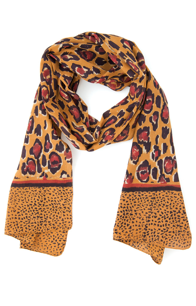 Scarf in Cheetah