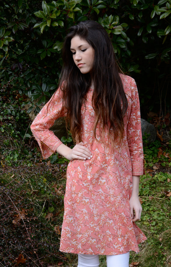 Bias Tunic in Coral Blossom