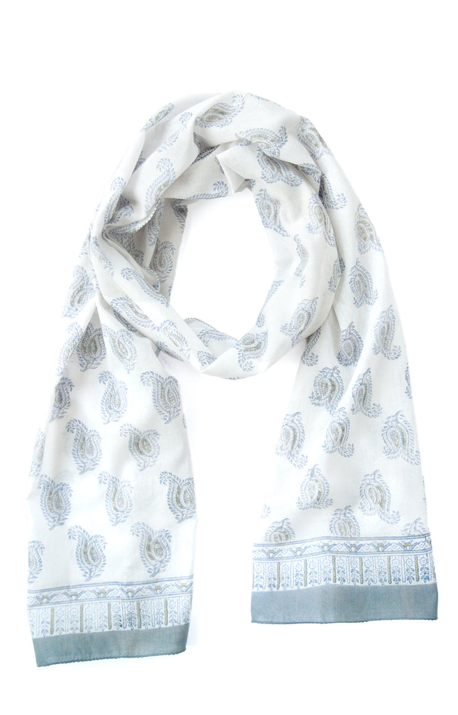 Scarf in Dove Paisley