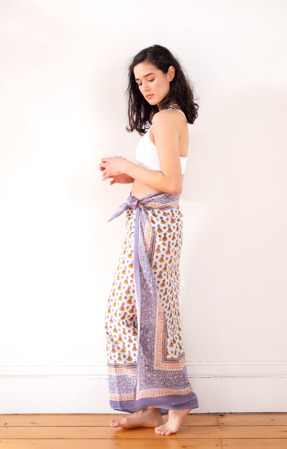Sarong in Gold Tulip