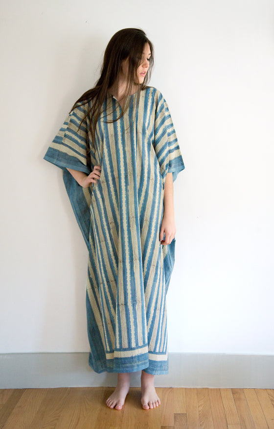 Kaftan in Indigo Feather