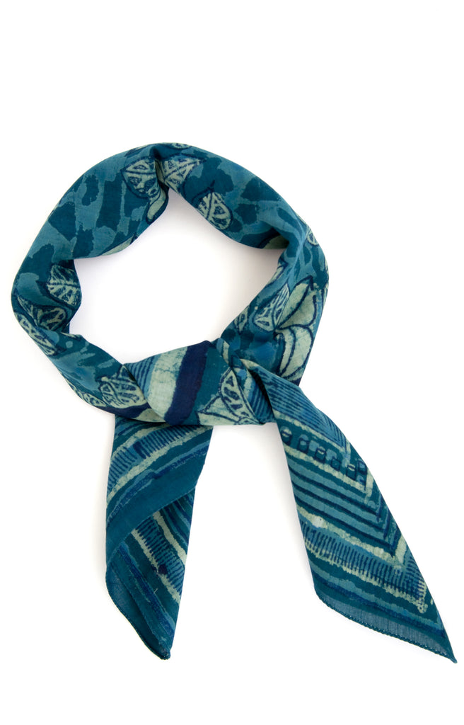 Scarf in Indigo Green Leaves