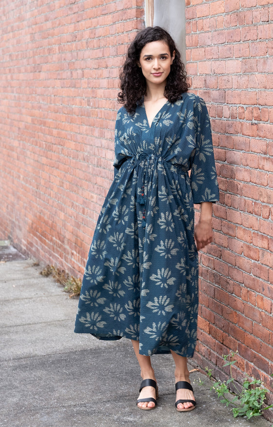 Peasant Dress in Lotus