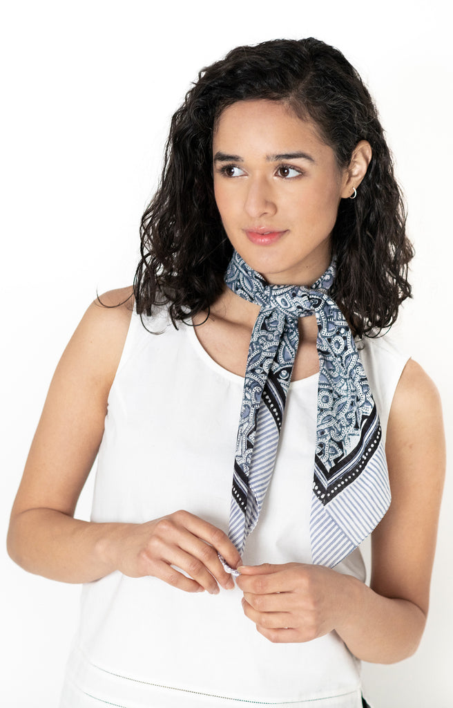 Scarf in Moroccan Grey