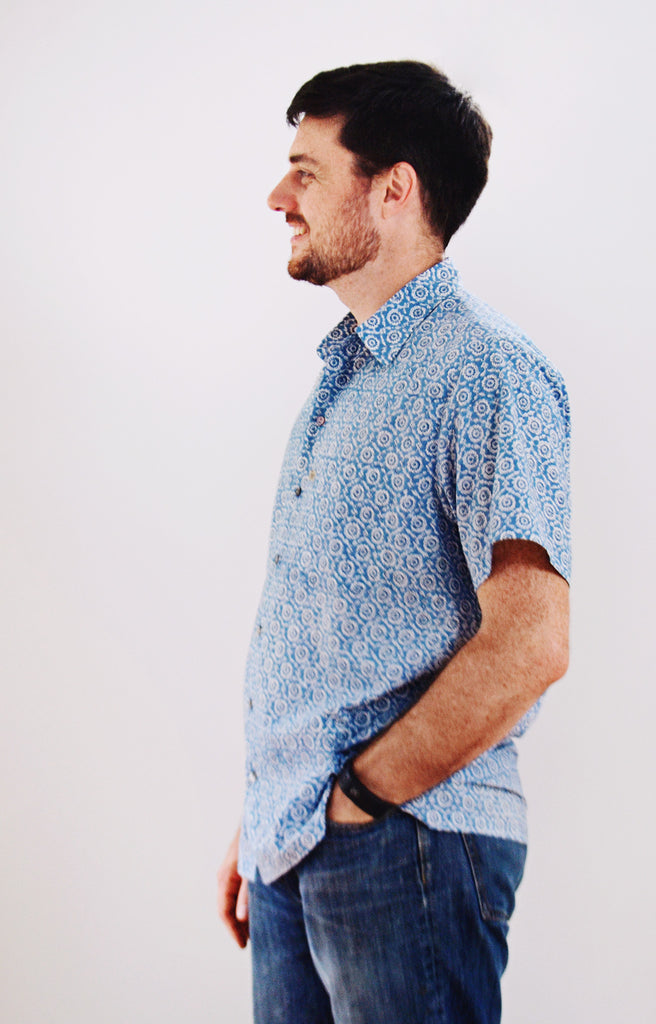 Men's Short Sleeve Shirt in Pacific Stamp