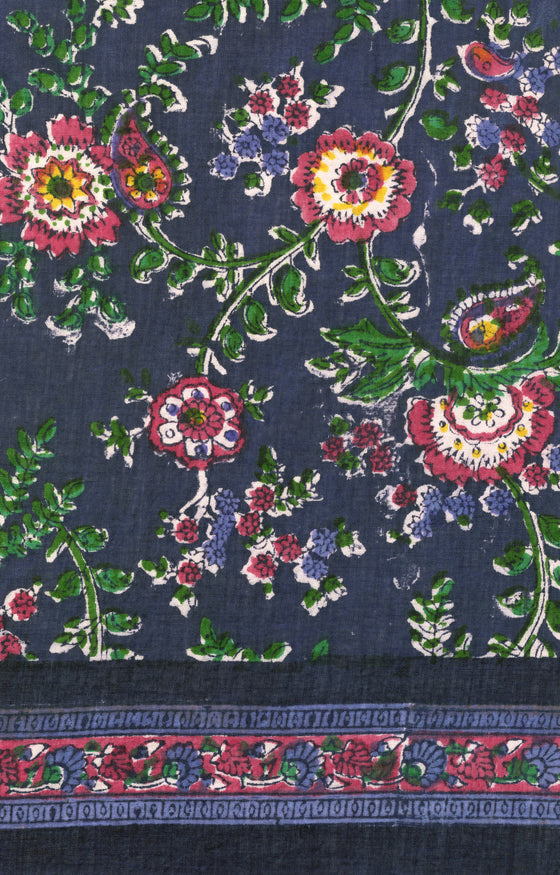 Scarf in Paisley Floral Purple
