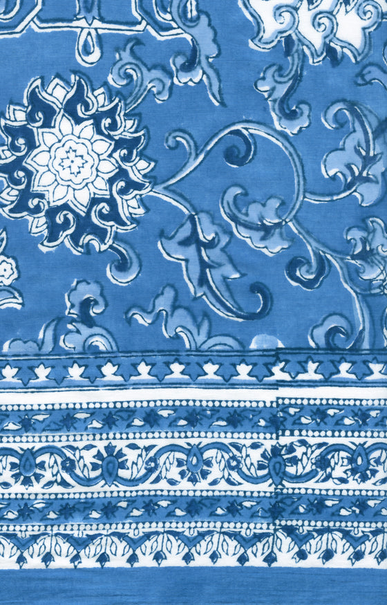 Scarf in Porcelain Blue