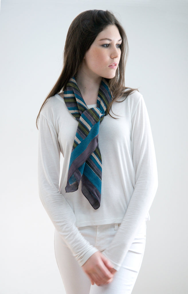 Scarf in Purple Stripe