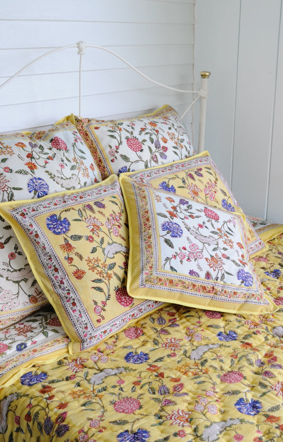 Quilt in Saffron India