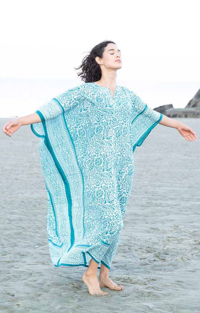 Kaftan in Teal Stencil