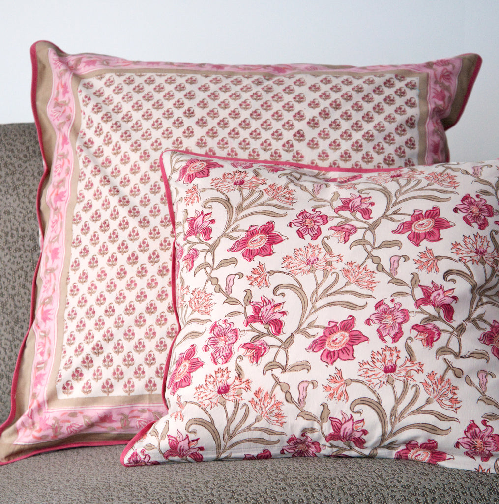 Cushion Covers in Tiny Coral