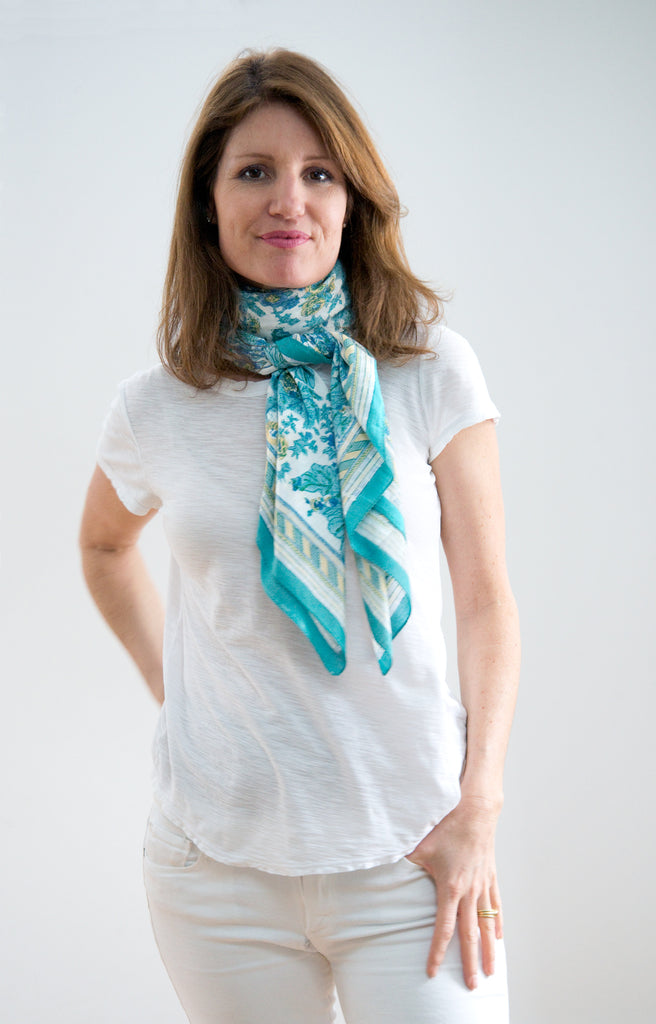 Scarf in Turquoise Bridal Wreath