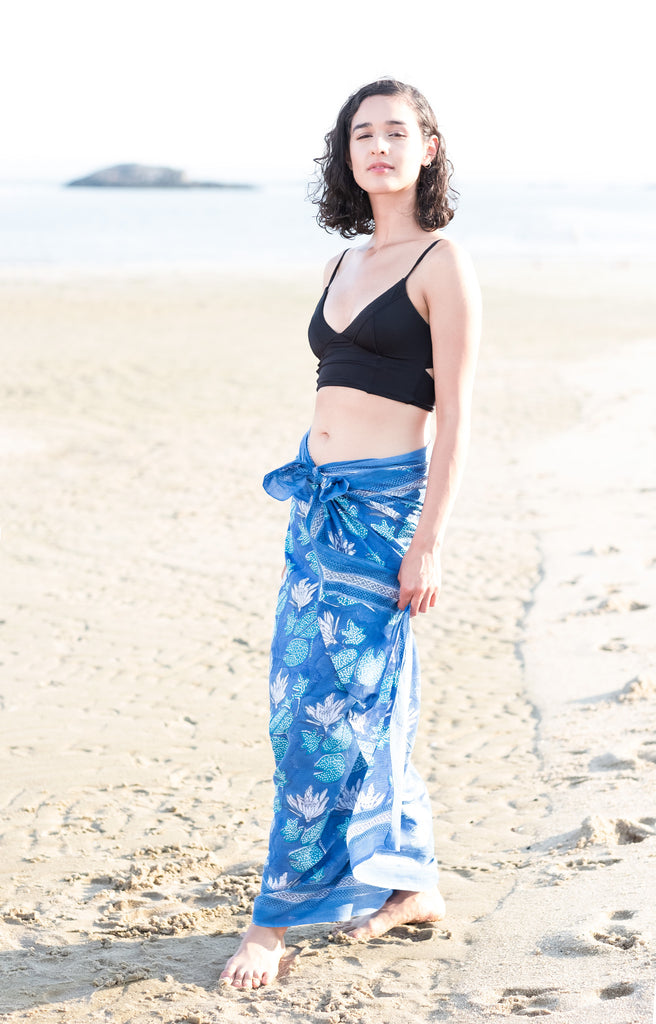 Sarong in Water Lily