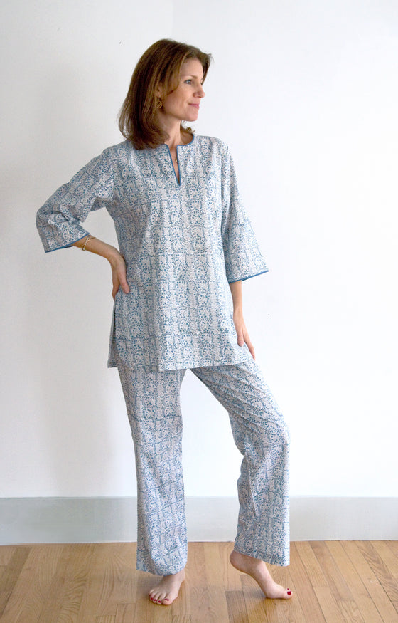 Pajamas in Wedgwood Lace