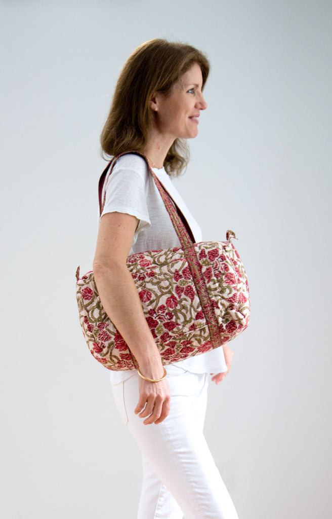 Weekend Bag in Wine Trellis