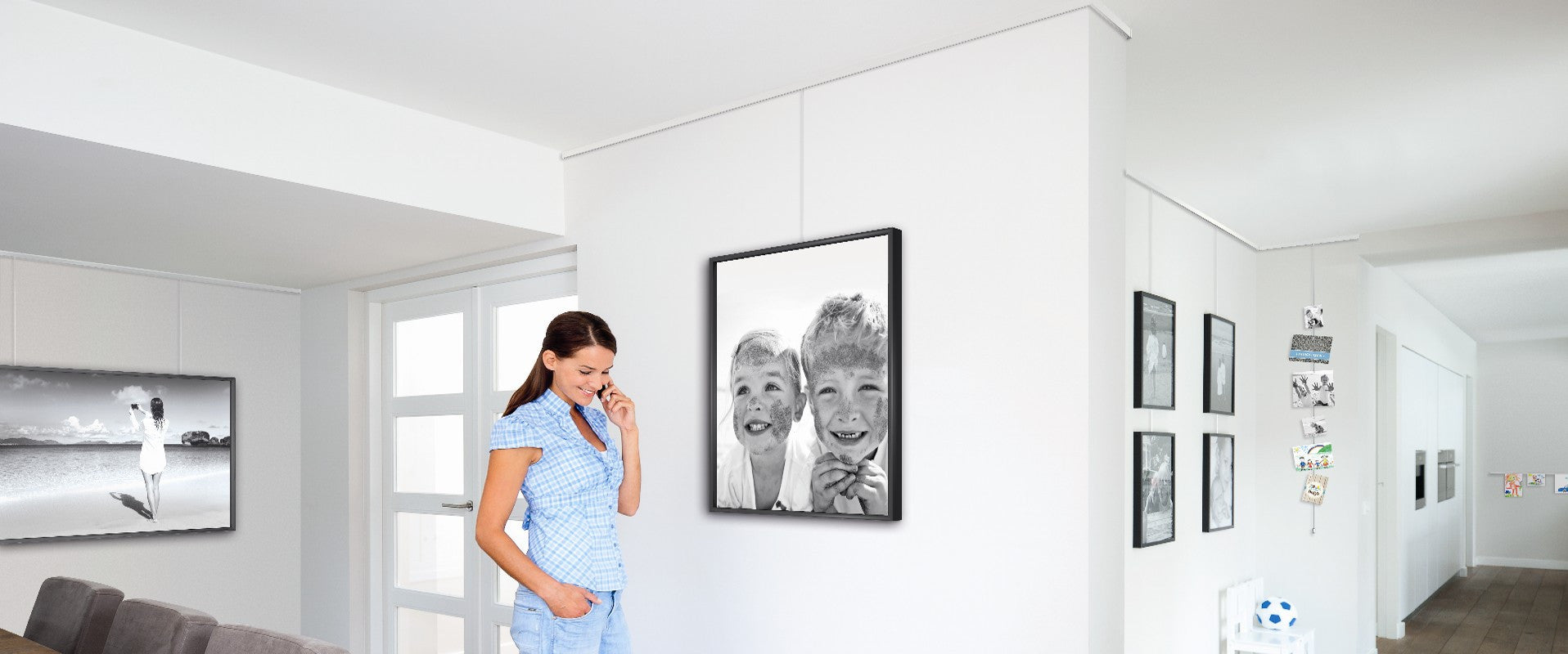 Gallery System Professional Hanging Art Living
