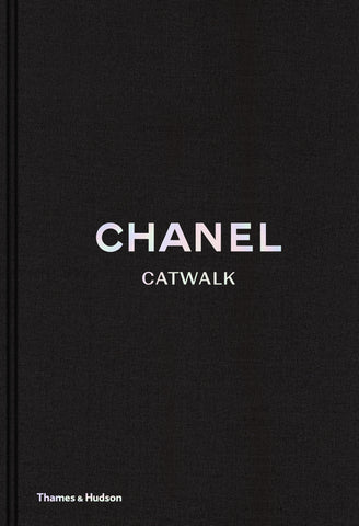 CHANEL - CATWALK