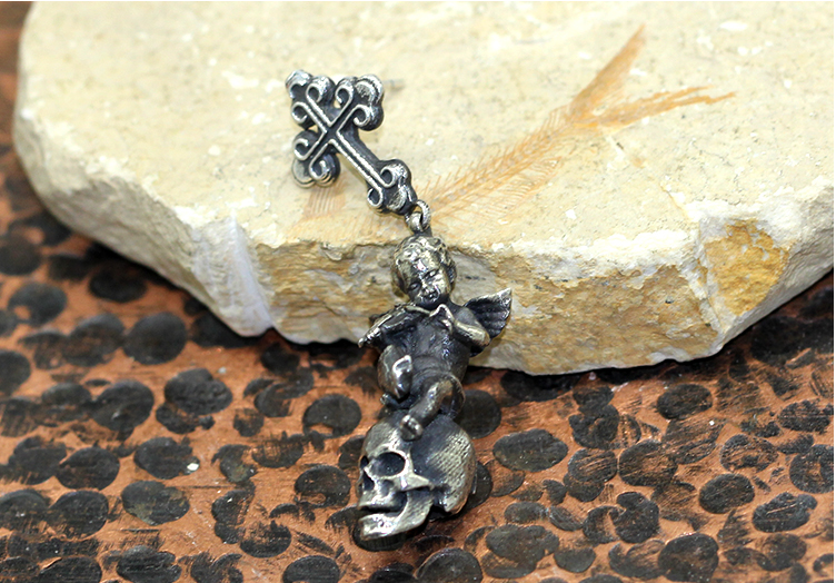 Angel Violin Skull Earring - Holy Buyble