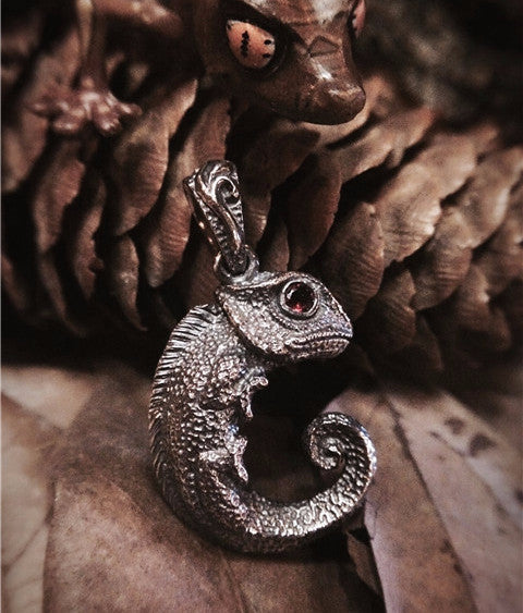 Handcrafted Chameleon Silver Pendant - Holy Buyble
