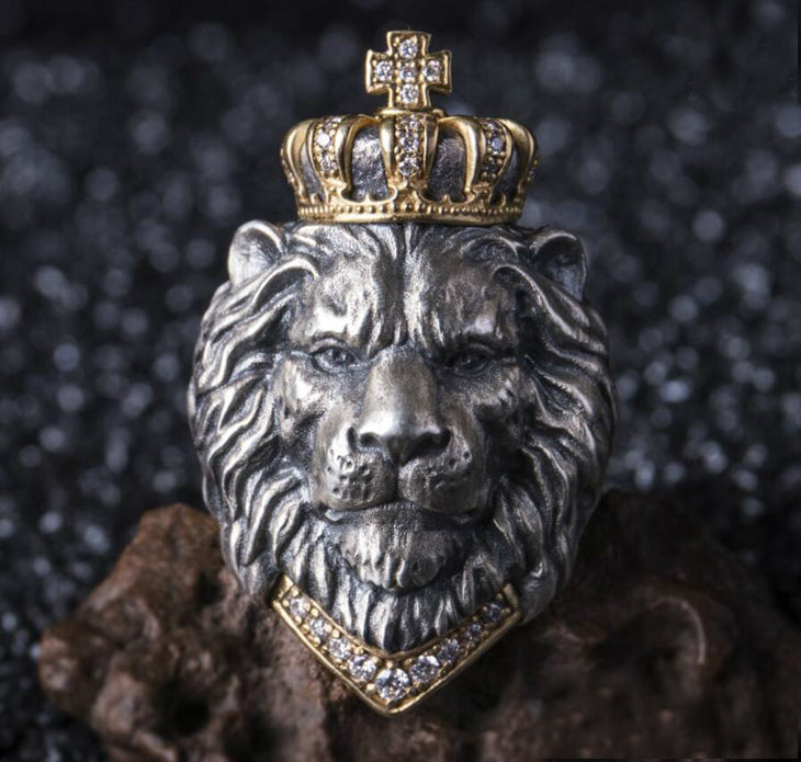 Crowned Lion King Ring - Holy Buyble