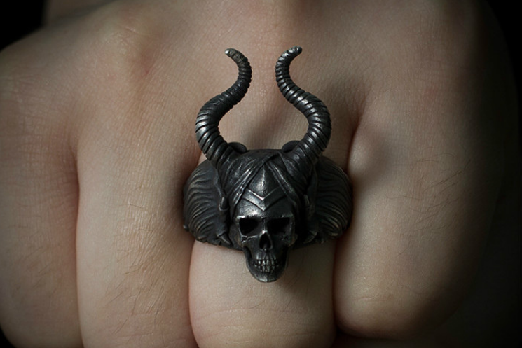 Maleficent Horned Fairy Skull Ring - Holy Buyble
