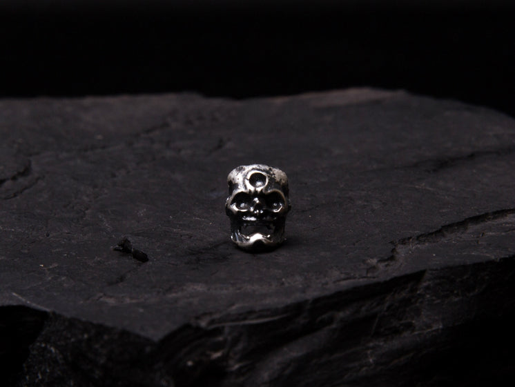 Japanese Demon Oni & Cyclops Skull Silver Earring - Holy Buyble