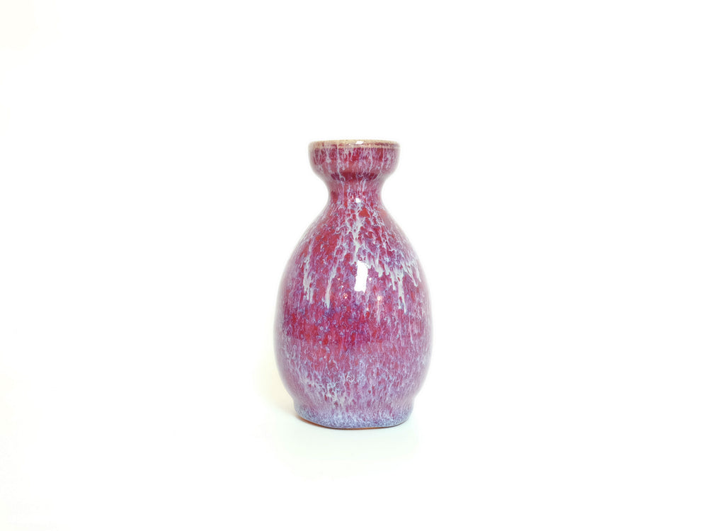 Load image into Gallery viewer, Crimson Peach Tokkuri Sake Decanter by Hiroshi Otsu