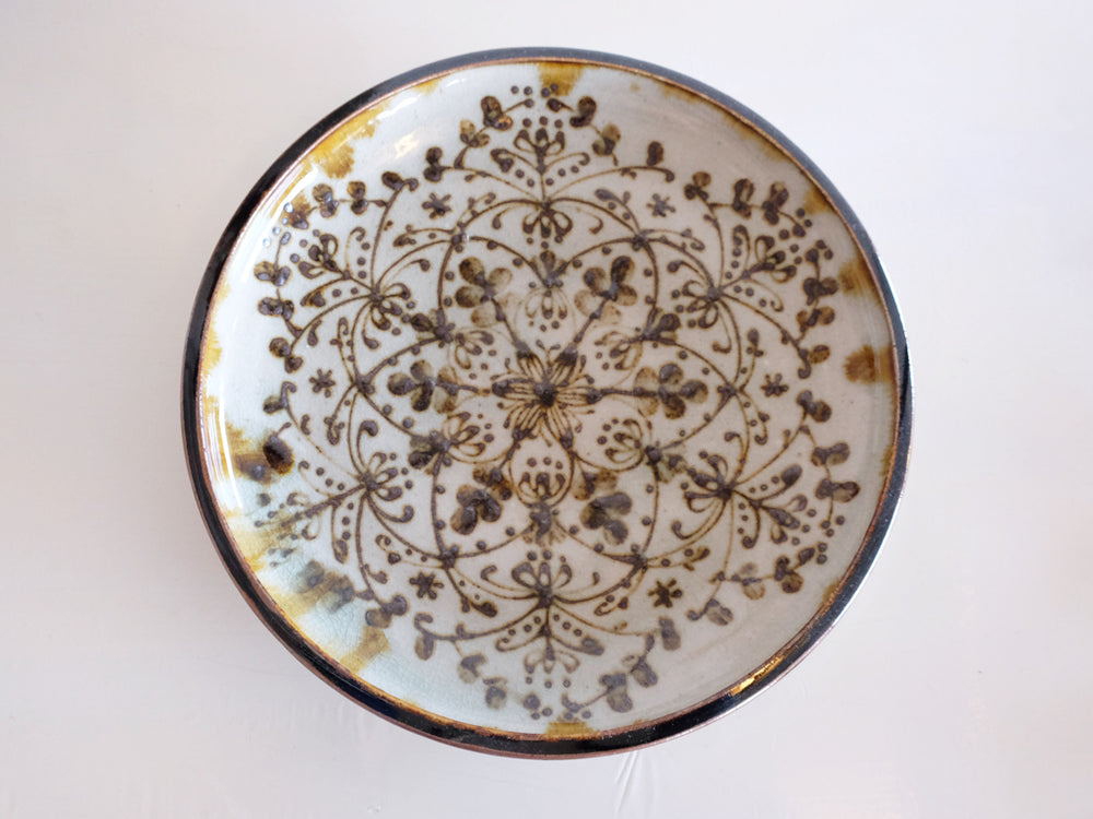 Large Icchin Patterned Plate by Aya Kondo