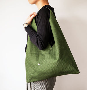 CaBas N°39 Medium Triangle Tote Bag