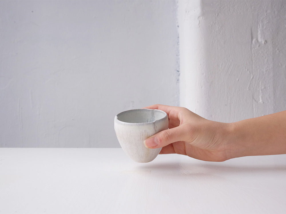 Load image into Gallery viewer, Petit Magnolia Cup by Mishio Suzuki