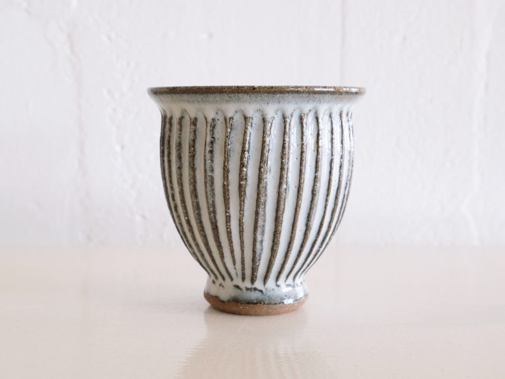 Light Grey Ridged 'Shinogi' Cup by Rui Fukuda