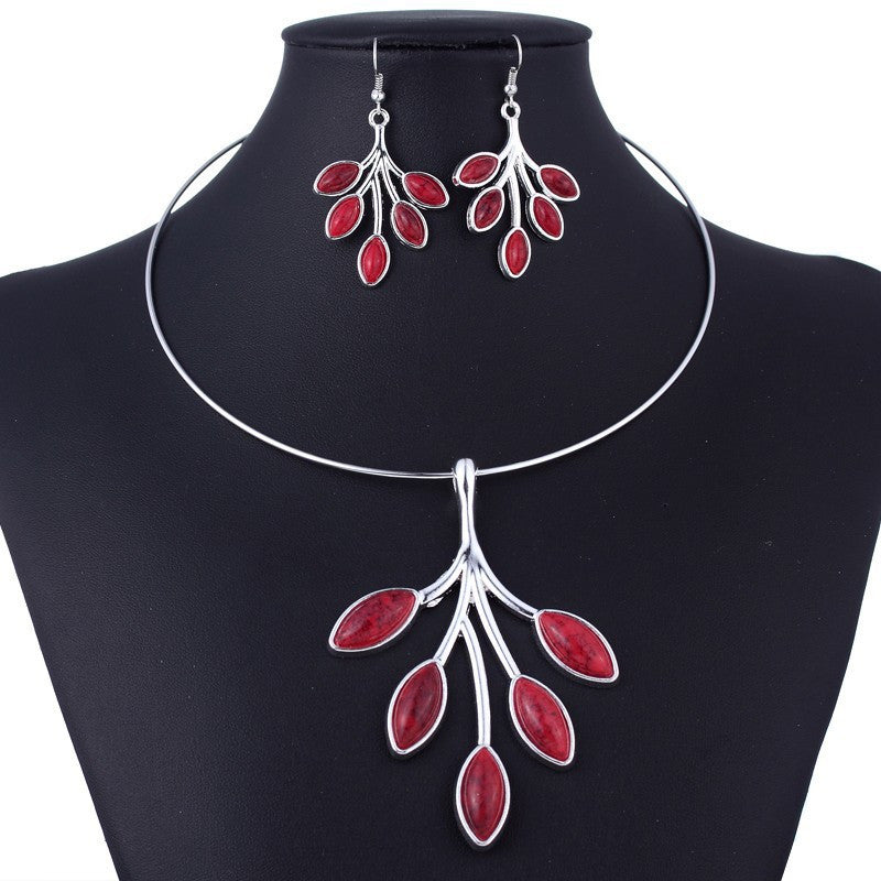 African Sterling Silver Sterling Necklace & Earrings Pretty Flower Set