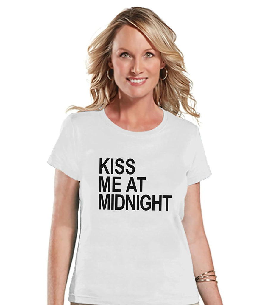 7 ate 9 Apparel Women's Kiss Me at Midnight New Years T-shirt