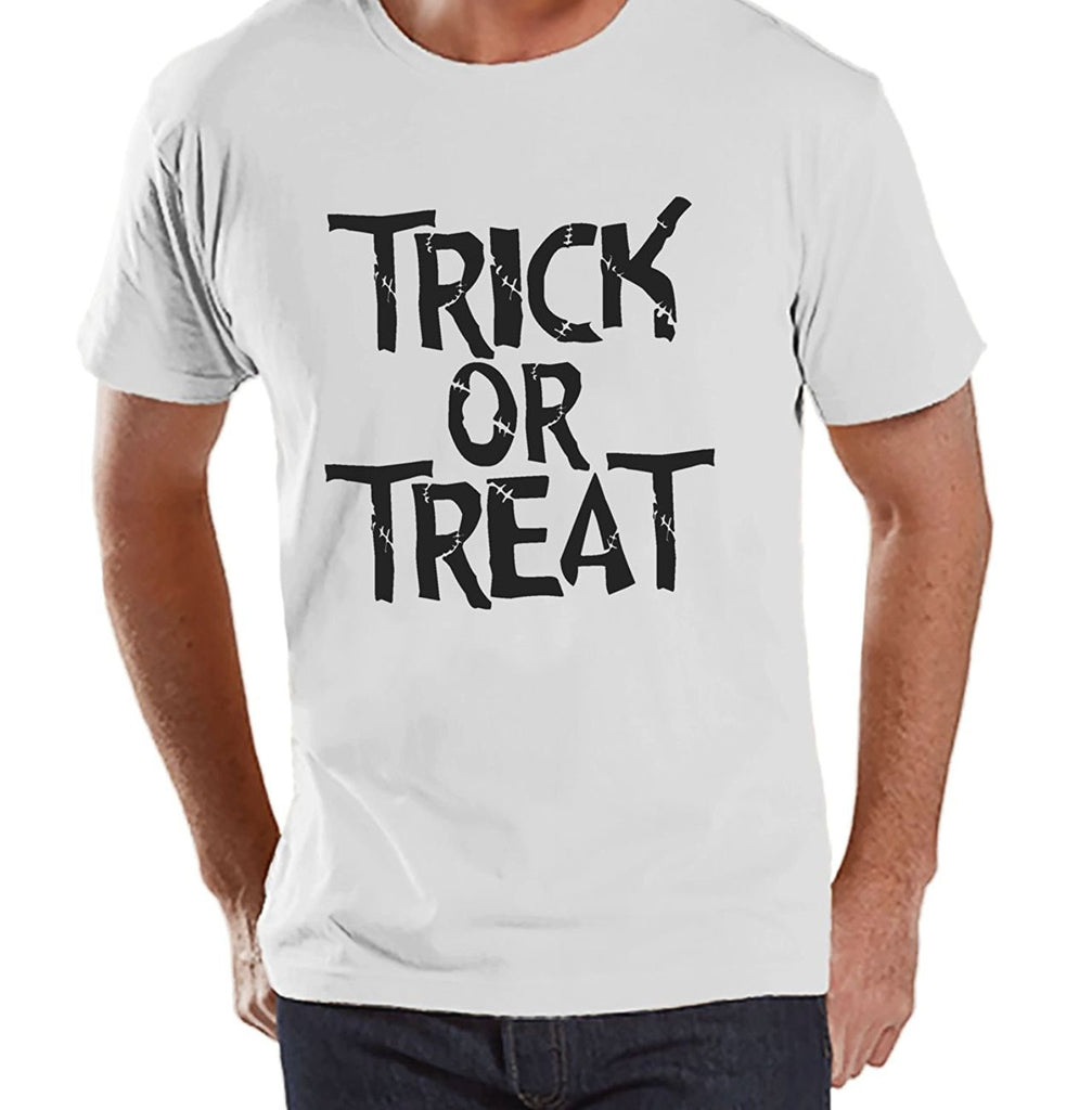 7 ate 9 Apparel Men's Trick or Treat Halloween T-shirt