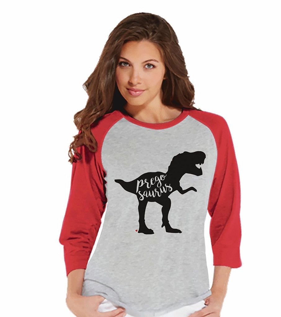 7 ate 9 Apparel Women's Dinosaur Pregnancy Announcement Raglan Tee