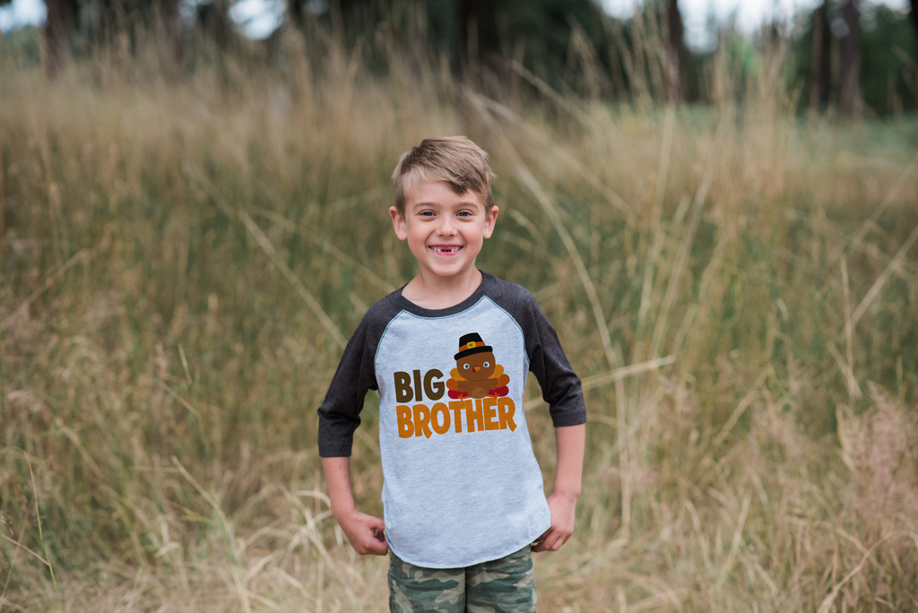 7 Ate 9 Apparel Boy's Big Brother Thanksgiving Grey Raglan Tee