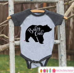 Kids Baby Cub Outfit - Bear Grey Raglan Shirt - Mother's Day Gift, Fathers Day Gift, Baby Shower Gift - Family Outfits - Toddler, Youth - 7 ate 9 Apparel