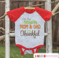 Thanksgiving Pregnancy Announcement - I'm The Reason Mom and Dad Are Thankful - Pregnancy Reveal Shirt - Red Raglan - Kids Thanksgiving Tee