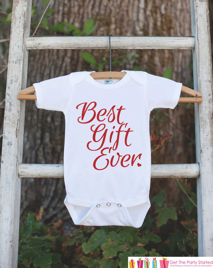 Christmas Pregnancy Reveal - Best Gift Ever Christmas Onepiece - Pregnancy Announcement - Baby Holiday Outfit - Infant Newborn Christmas Top